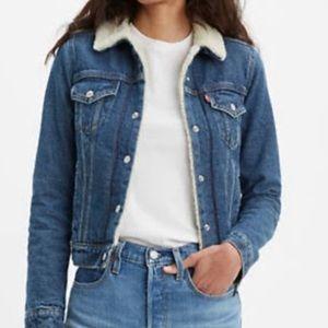 Levi's Sherpa Lined Jean Jacket Cropped Fit XS